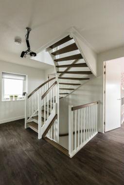 Karakteristieke jaren 30 woningen varexhuis for Van vlizo naar vaste trap