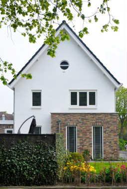 Moderne eigentijdse woningen varexhuis - Kleur gevel eigentijds huis ...